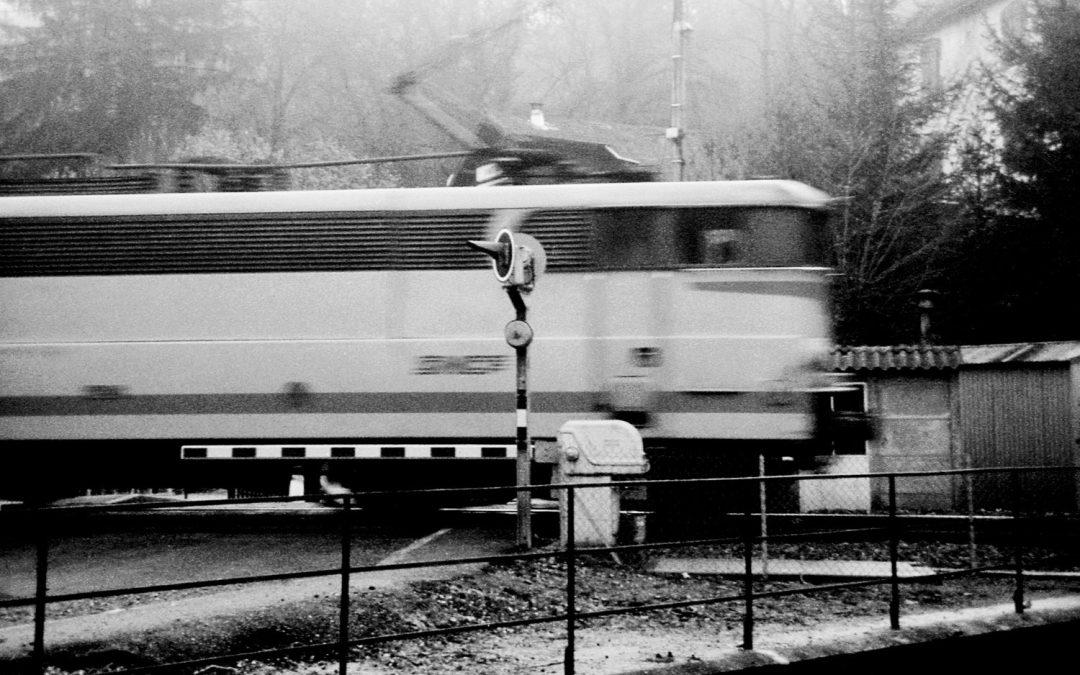 img015-trainflou